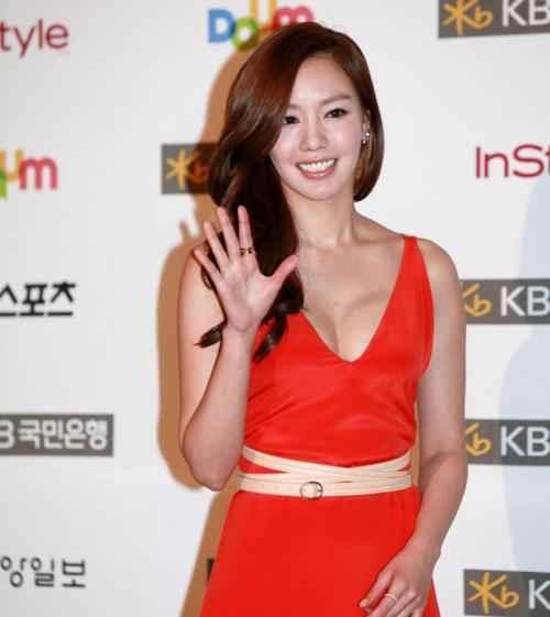 盘点拍过三级片的10大韩国女星,个个颜值高身材好-第5张图片-爱薇女性网