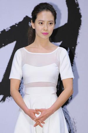 盘点拍过三级片的10大韩国女星,个个颜值高身材好-第8张图片-爱薇女性网