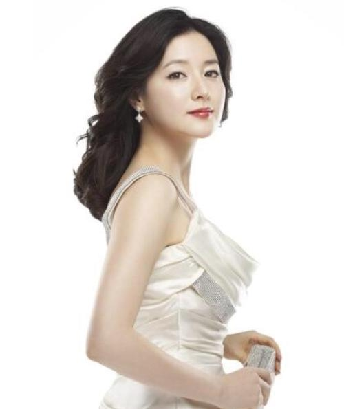 盘点拍过三级片的10大韩国女星,个个颜值高身材好-第10张图片-爱薇女性网