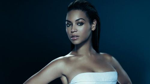 世界上最美的女人排行榜,每个都是性感女神-第8张图片-爱薇女性网