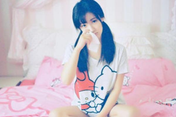 中国最美校服女生:毕业于中国传媒大学,被指青纯度远超奶茶妹妹-第4张图片-爱薇女性网