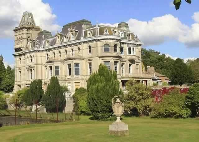 世界上最贵的房子排行榜,英国白金汉宫价值15.5亿美元-第5张图片-爱薇女性网