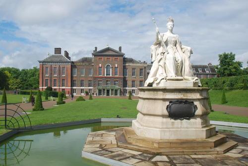世界上最贵的房子排行榜,英国白金汉宫价值15.5亿美元-第7张图片-爱薇女性网