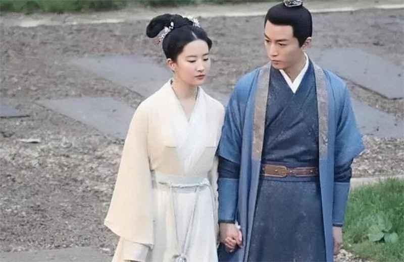 《梦华录》杀青,刘亦菲和陈晓同框太养眼-第1张图片-爱薇女性网