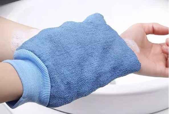 搓澡巾对皮肤有害吗?搓澡巾的正确使用方法-第1张图片-爱薇女性网