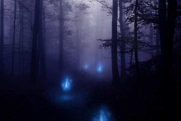 传说中的鬼火是怎么回事:磷的自燃现象(尸体腐烂产生磷化氢与氧气发生化学反应)-第2张图片-爱薇女性网