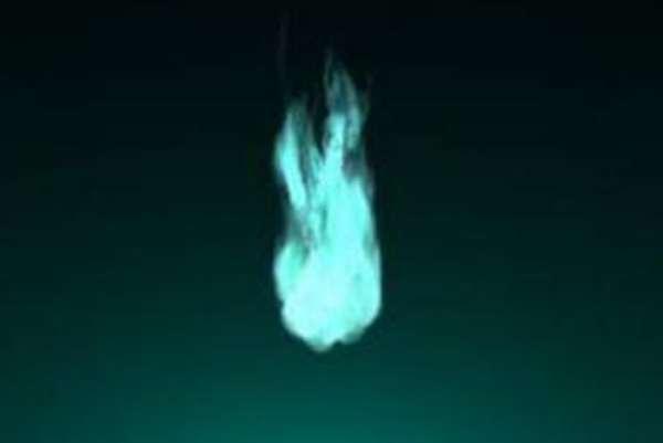 传说中的鬼火是怎么回事:磷的自燃现象(尸体腐烂产生磷化氢与氧气发生化学反应)-第3张图片-爱薇女性网